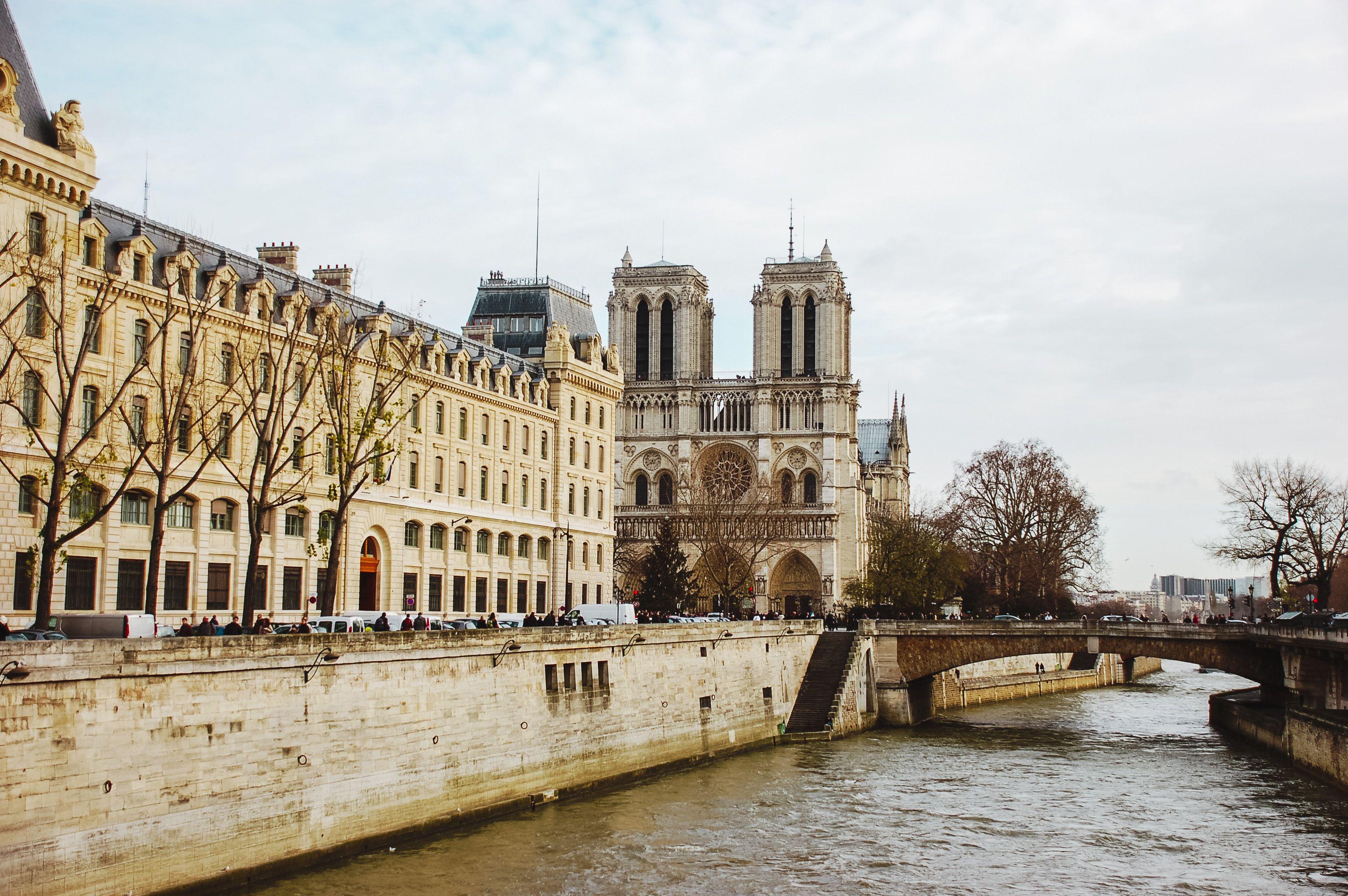 Notre Dame Cathedral Visitor Information