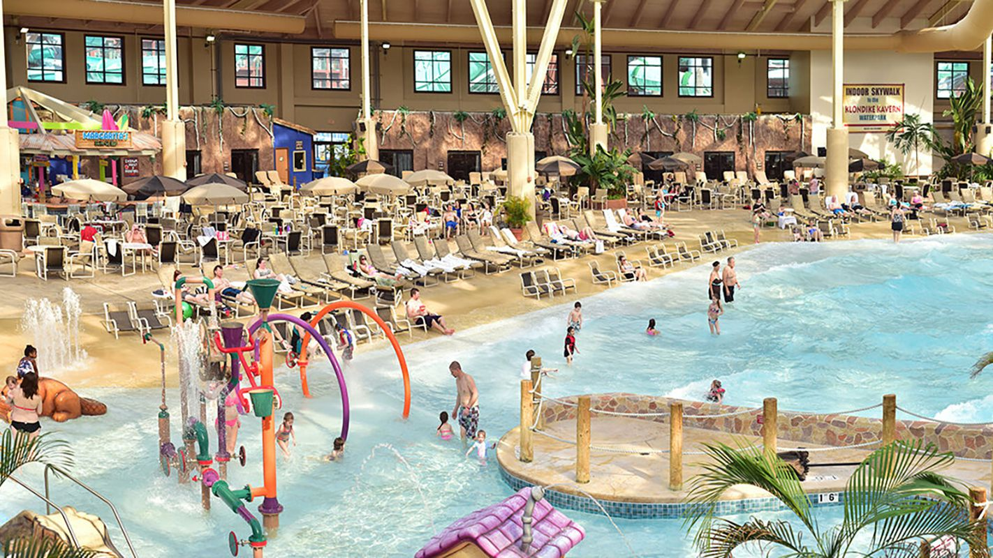 Wilderness Wisconsin Dells Enormous Indoor Water Park