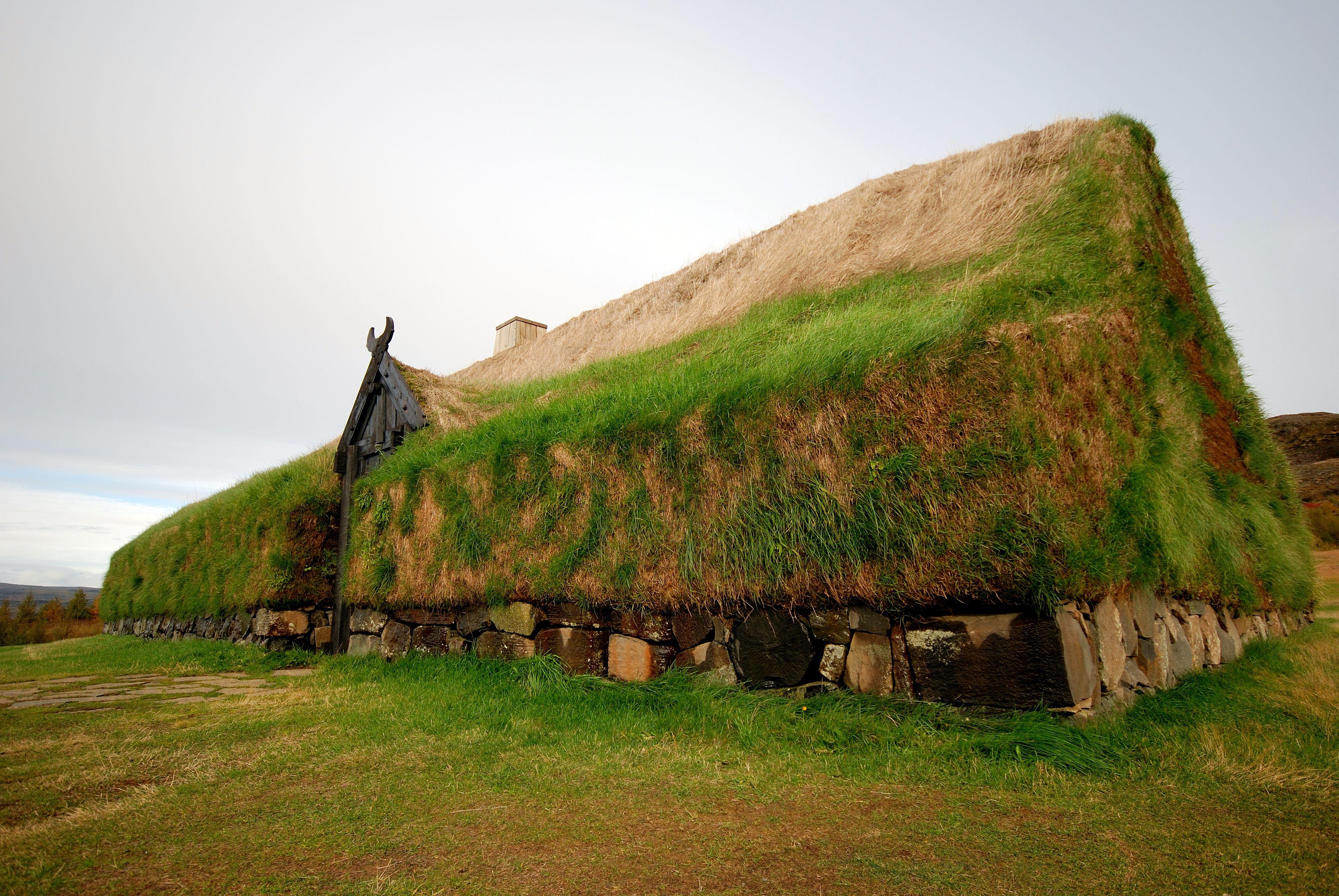 Þjóðveldisbærinn en Islandia, una reconstrucción del Viking Longhouse Stöng.