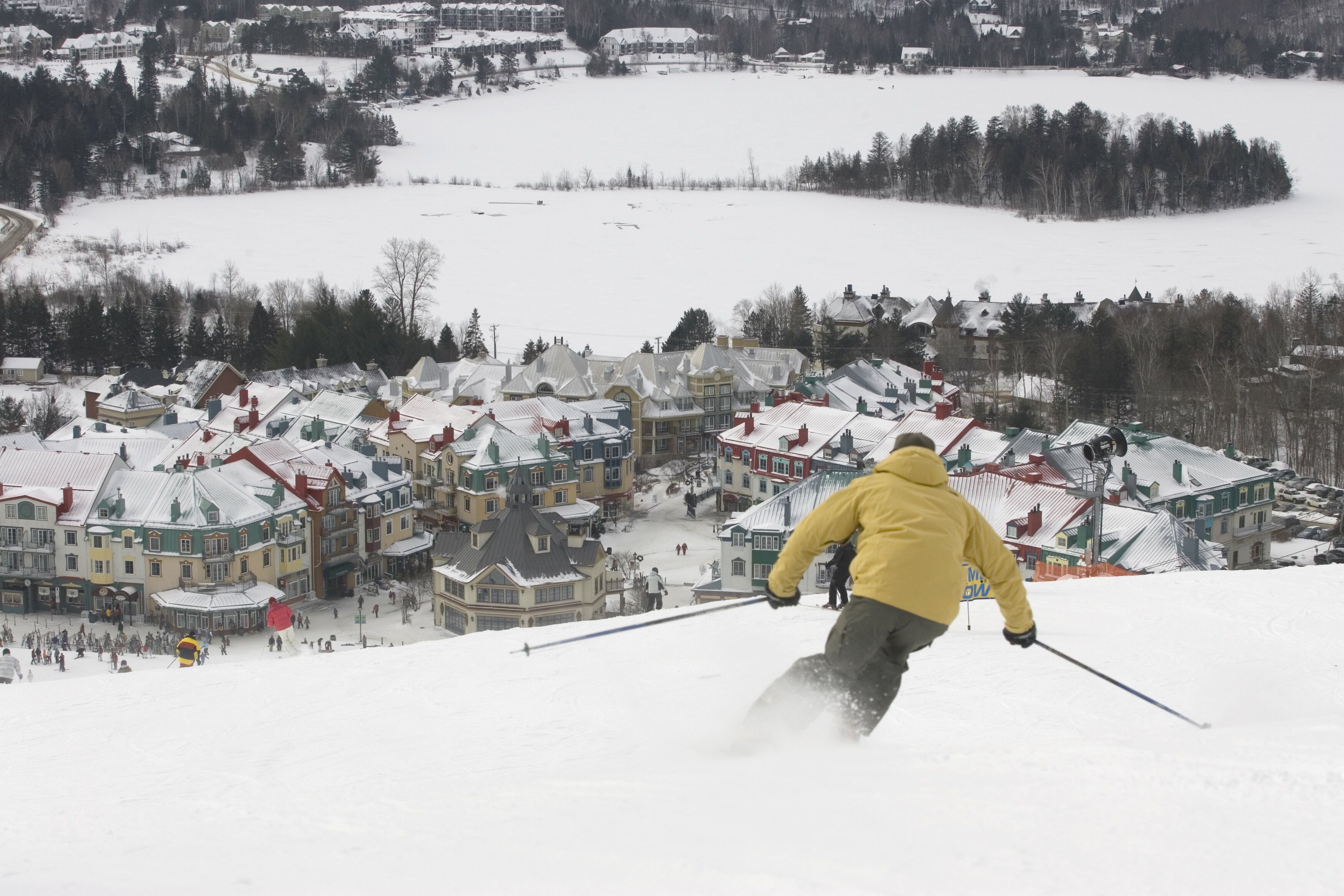 the top 10 romantic ski resorts in the us and canada