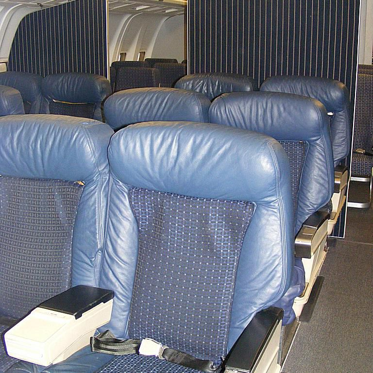 Business class seats on Delta Air Lines