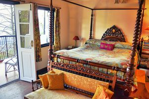 Guest room at Sunnymead