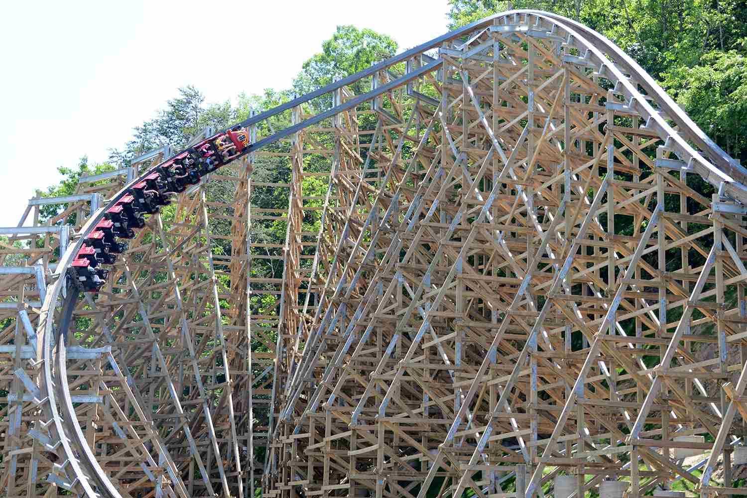 10 Fastest Wooden Roller Coasters - Updated for 2017