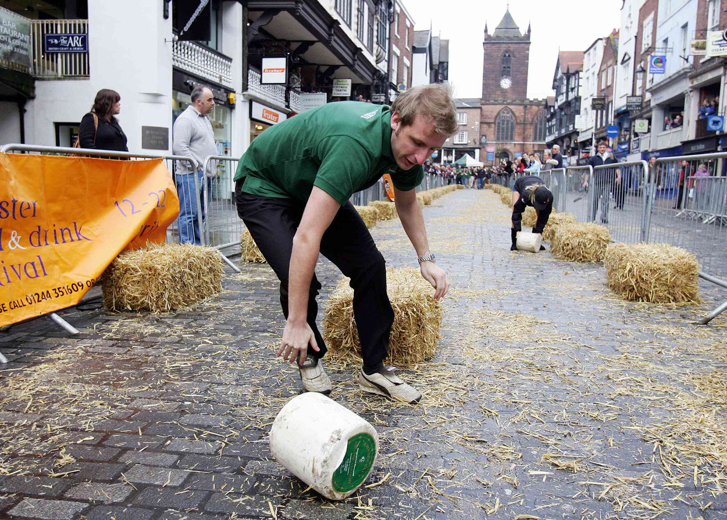 Cheese Rolling Event marks the start of the Chester Food and Drink Festival