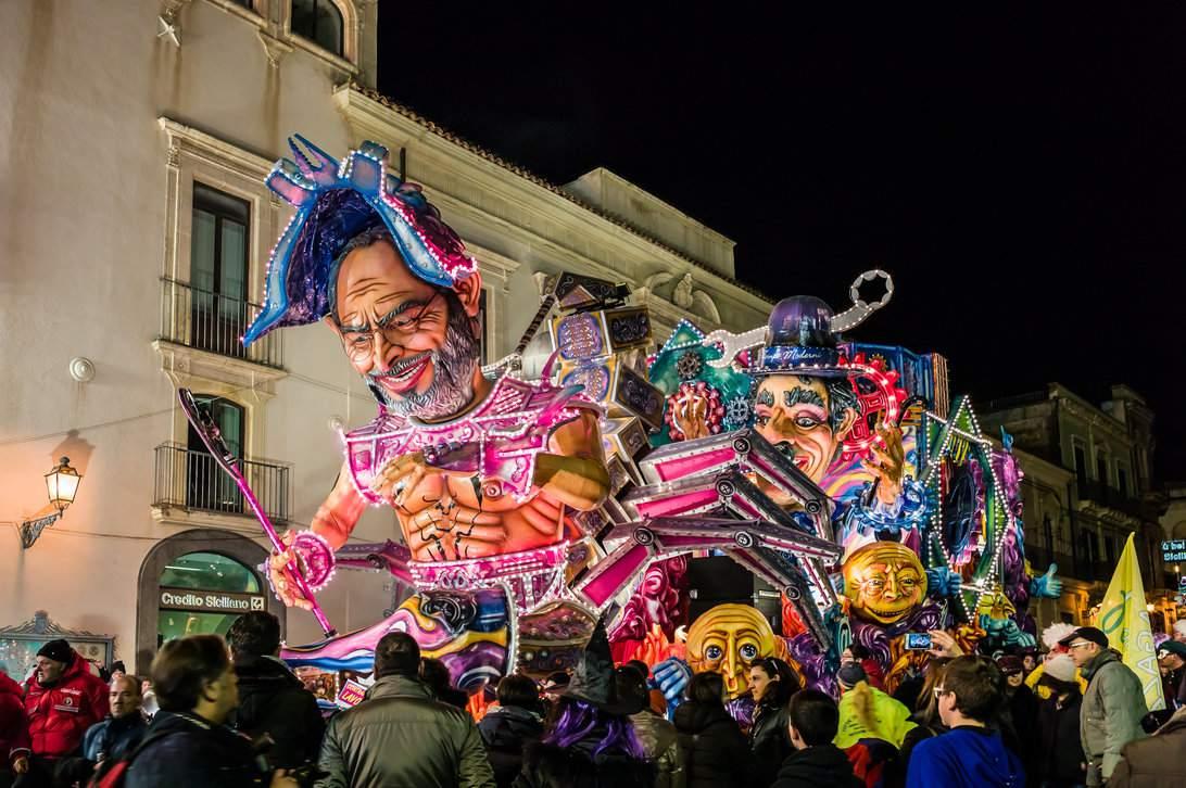 Carnevale di Acireale parade float