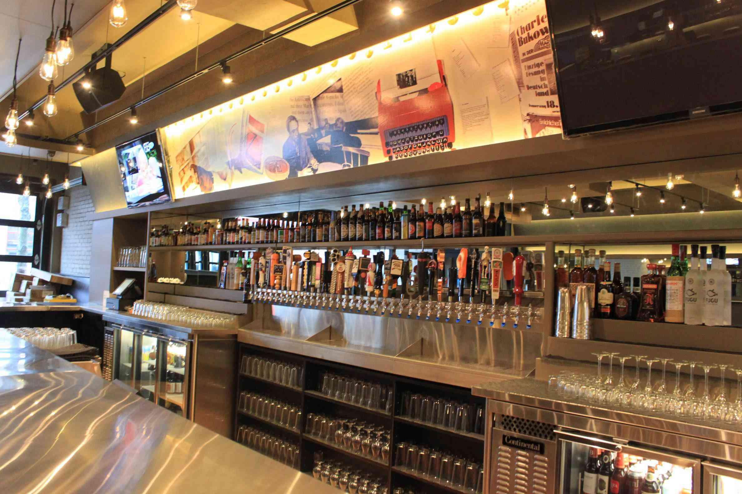 Bukowski Tavern Boston