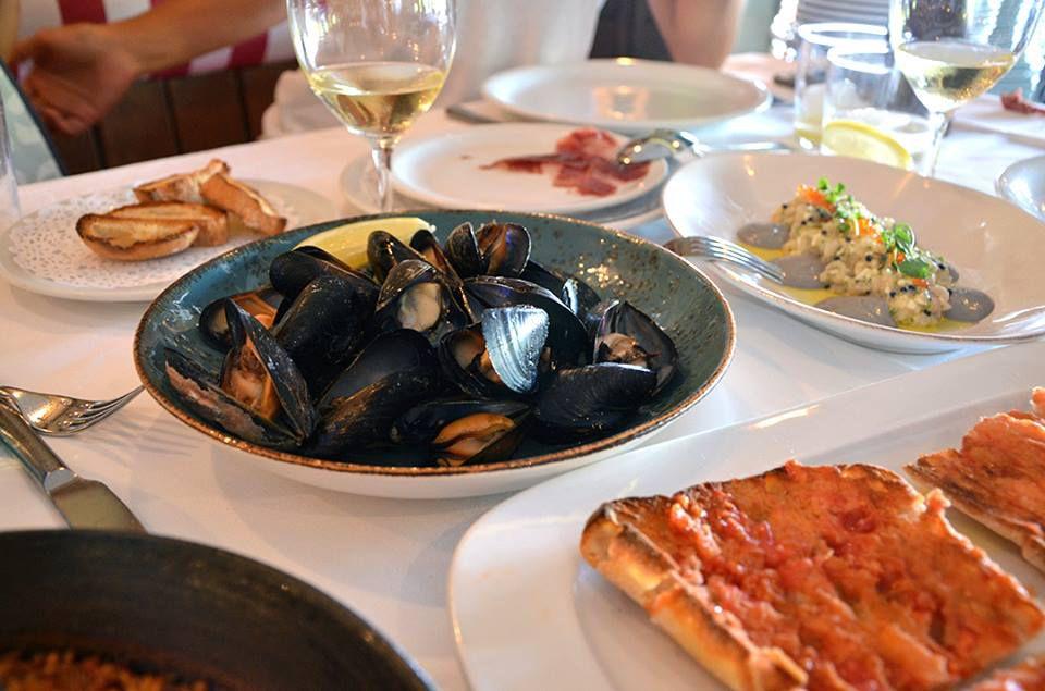 Dine on Seafood