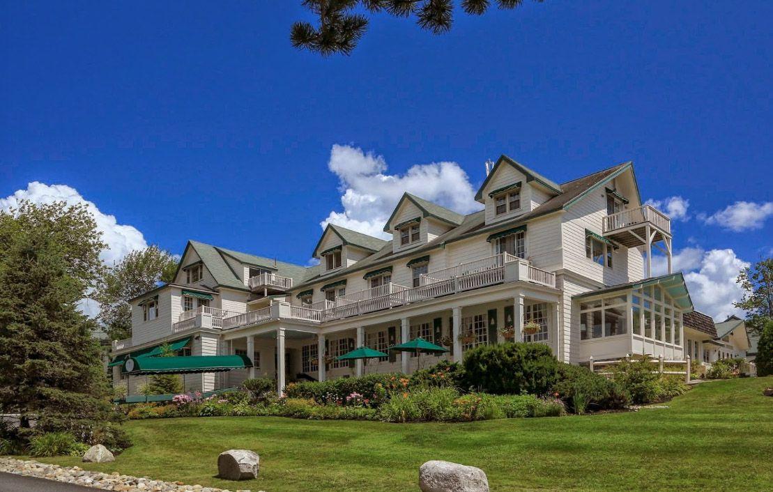 Spruce Point Inn