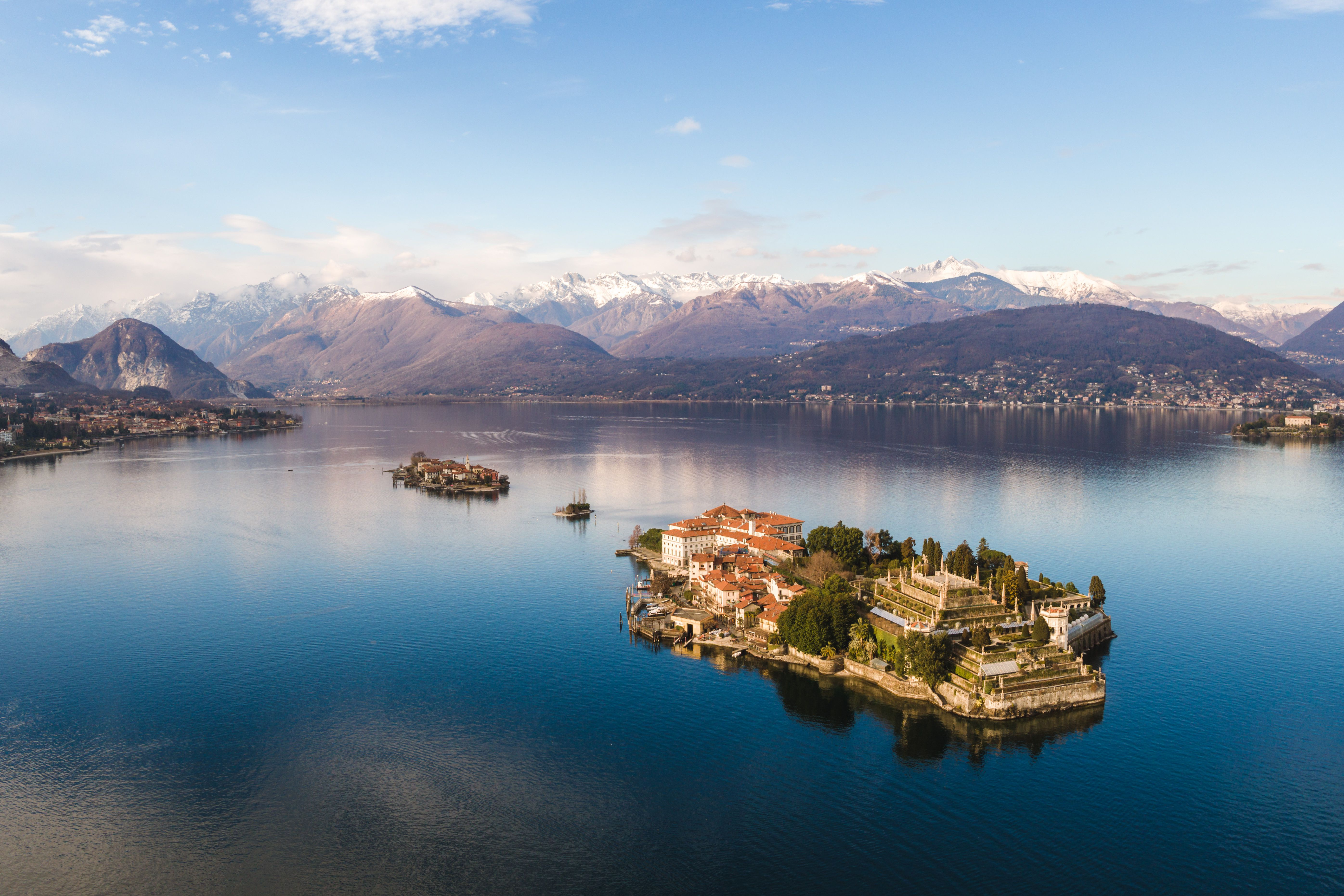Best Italian Lakes to Visit on Your Vacation