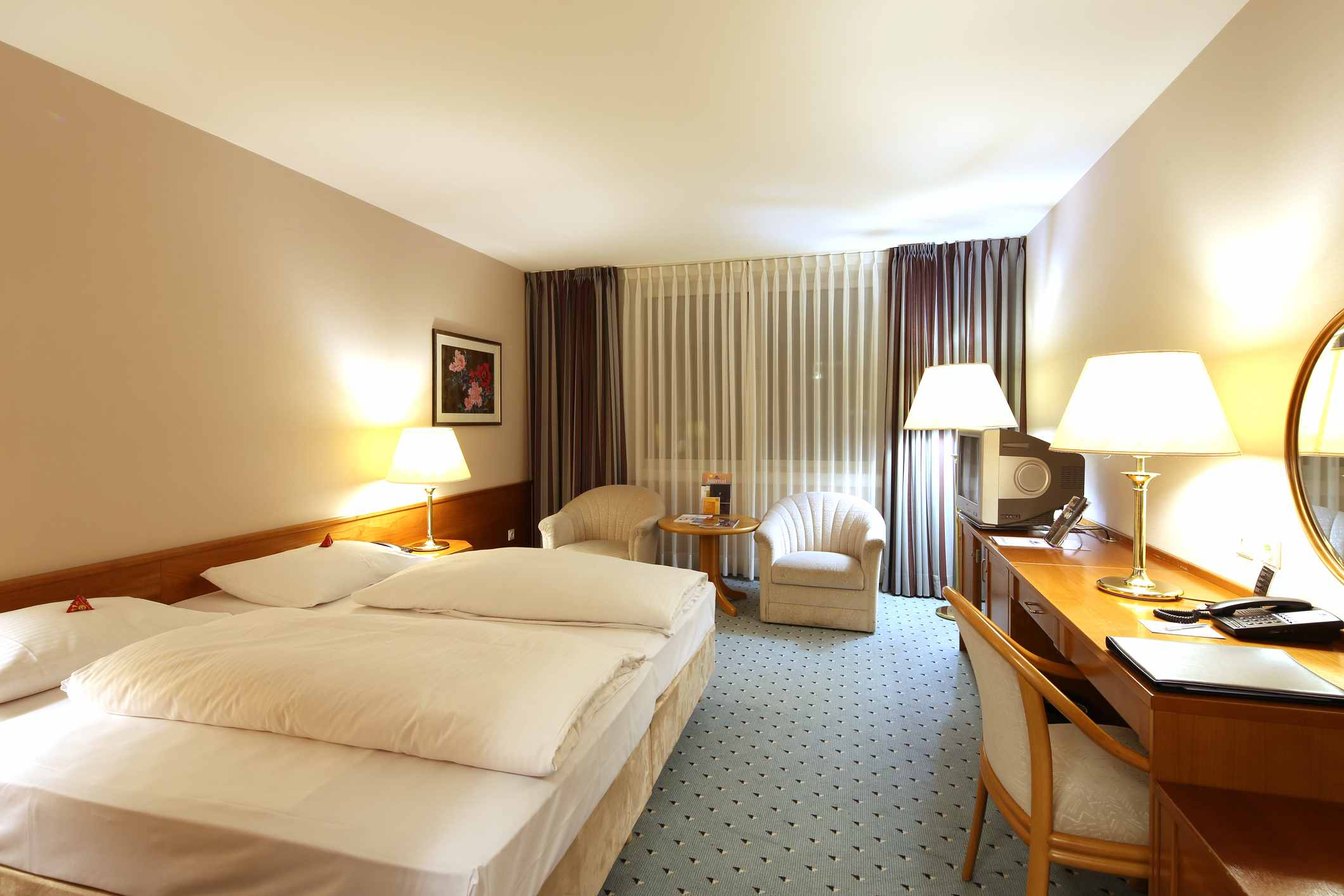 5 essentials travelers should expect in a budget hotel