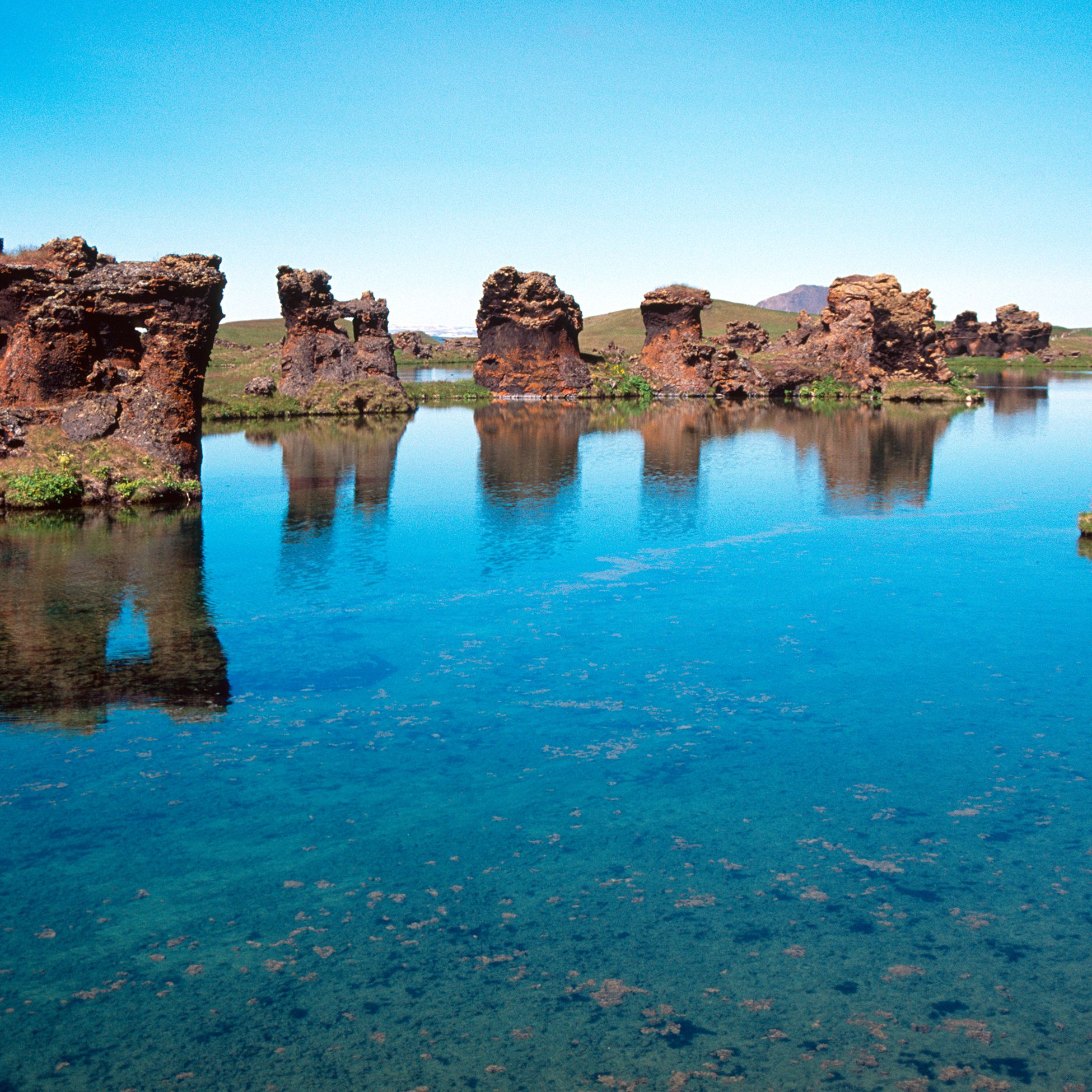 8 Best Things to Do Near Iceland's Lake Myvatn