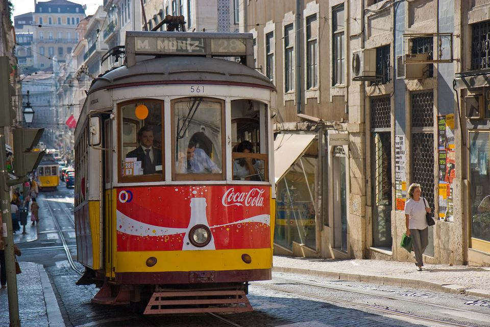 lisbon tram picture