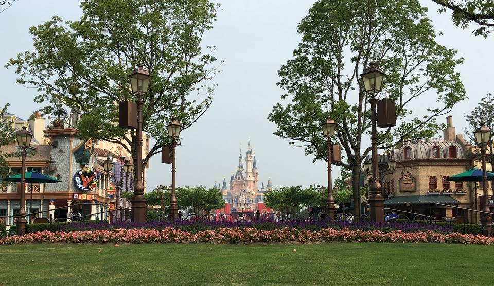 Shanghai Disneyland entrance