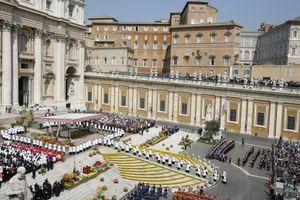 Easter Mass in Saint Peter's Basilica