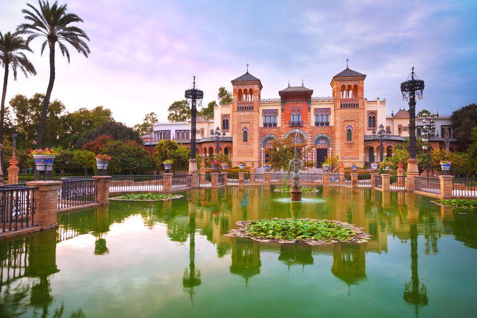 Mudejar Pavilion and pond at sunset. Sevilla