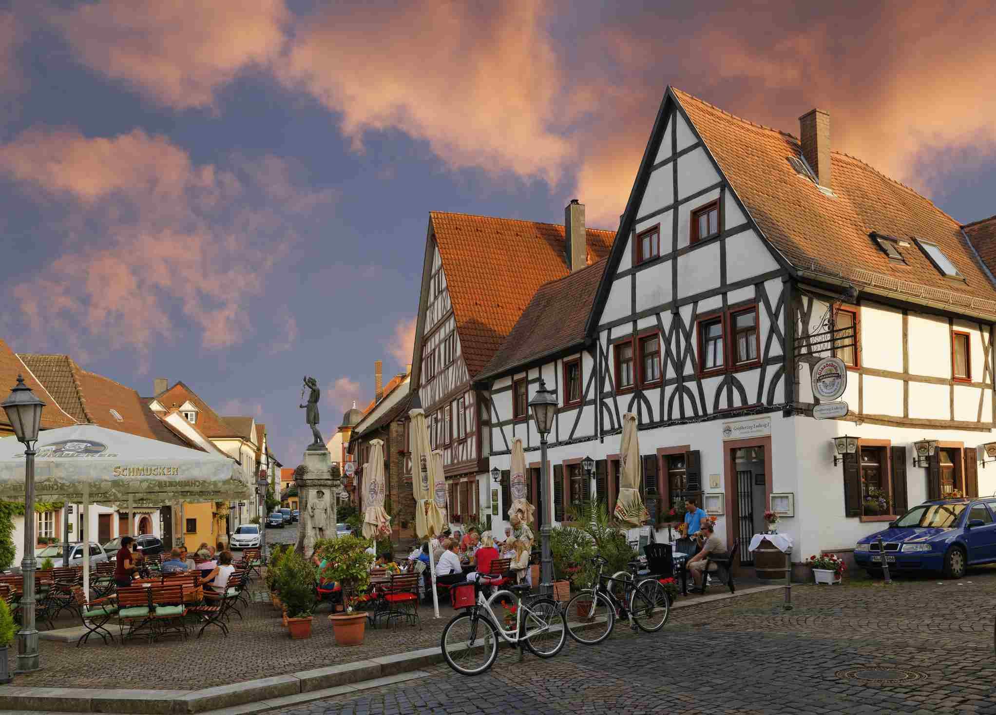 Alemania, Hesse, Hanau, Steinheim am Main, Platz des Friedens
