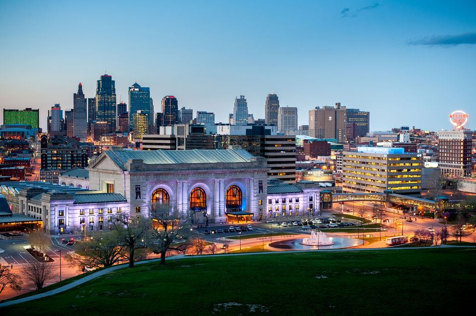Union Station and the Kansas City skyline at dusk.