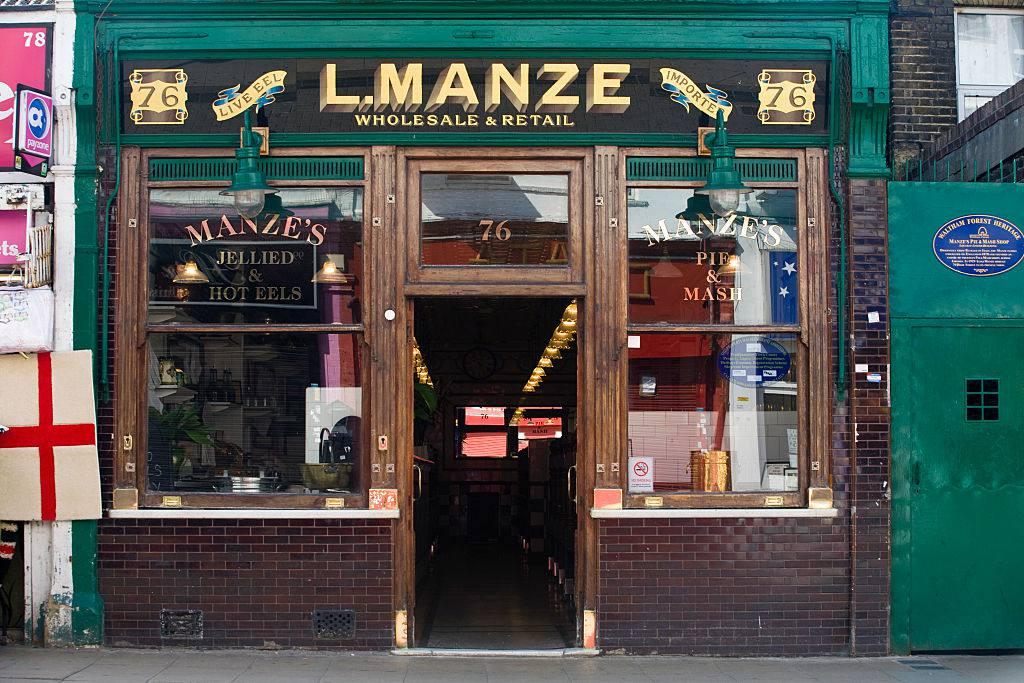 L Manze Pie & Mash Walthamstow