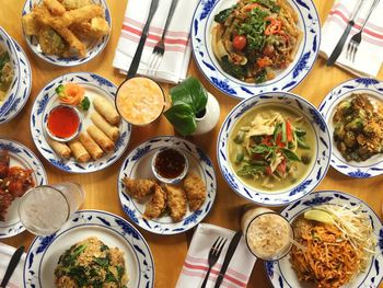 9 Types of Food to Try in Laos