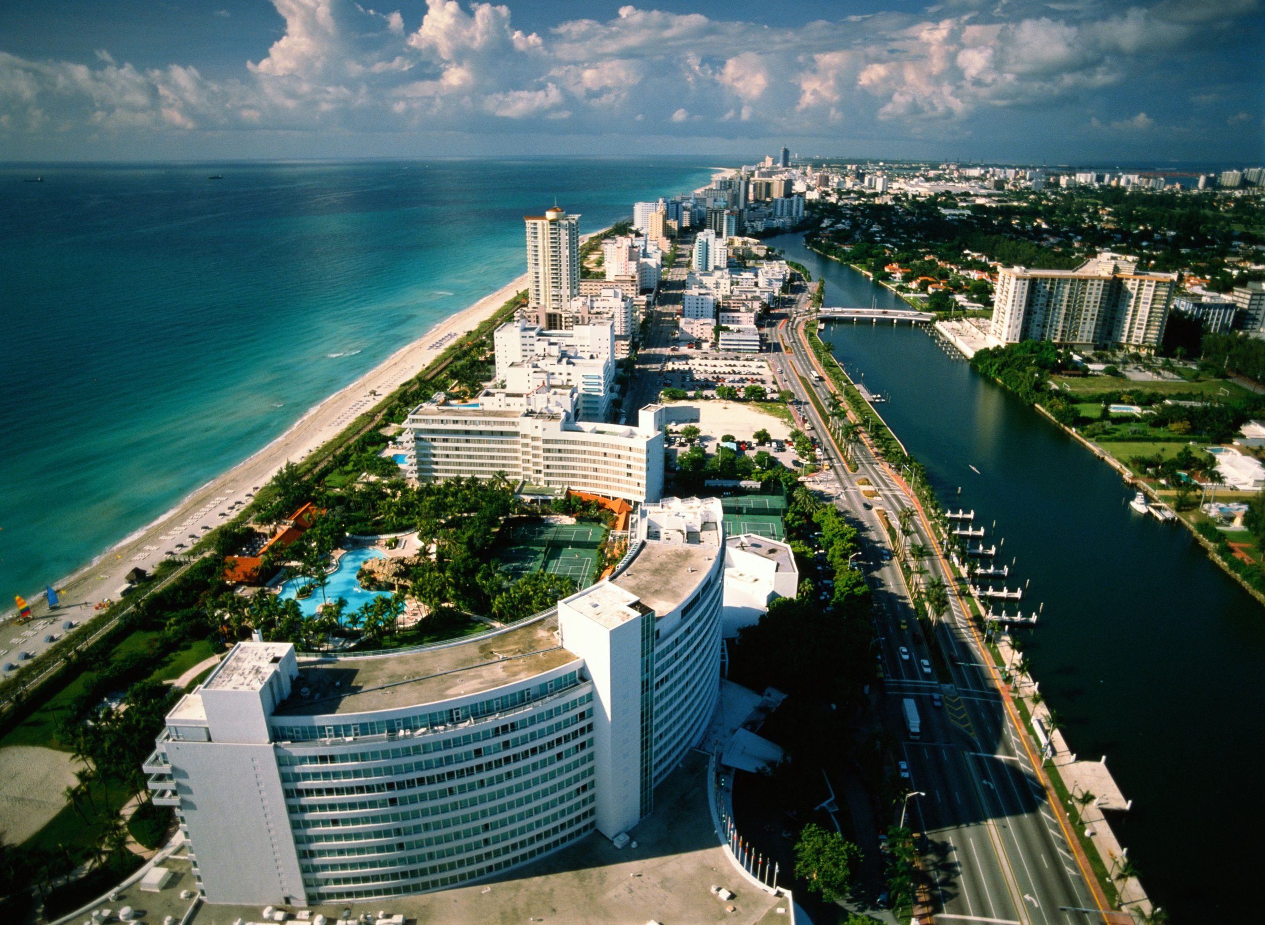 The Ultimate Spring Break Guide to Miami Beach 4f946c74d