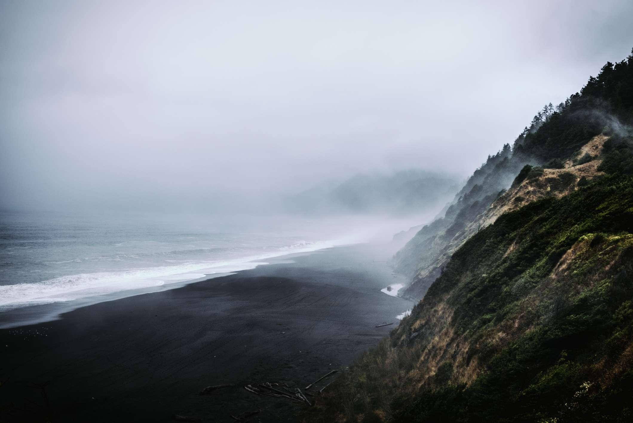 Playa Black Sands, Shelter Cove, California
