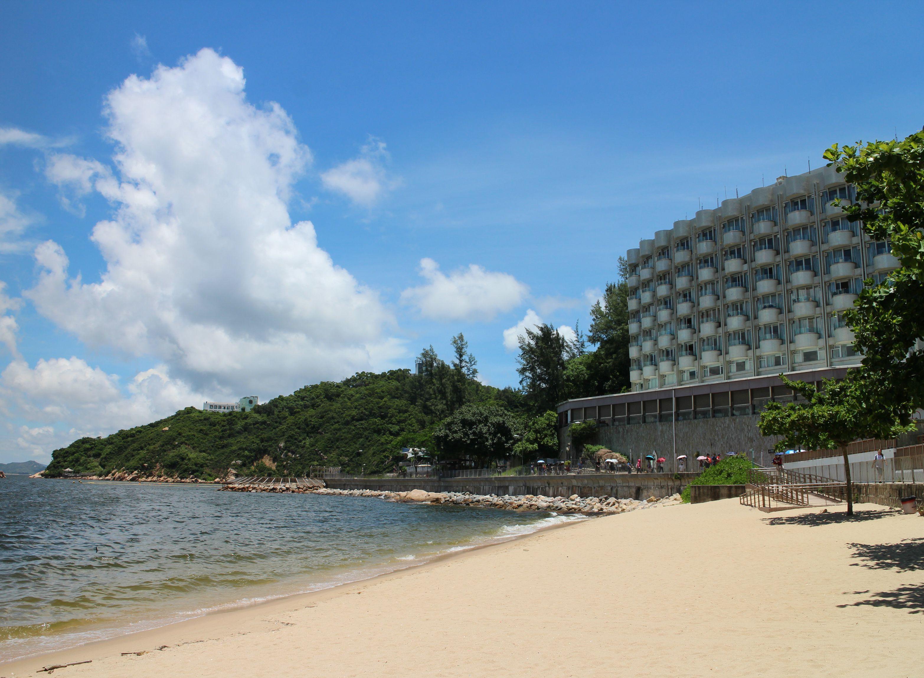 Warwick Hotel in Cheung Chau