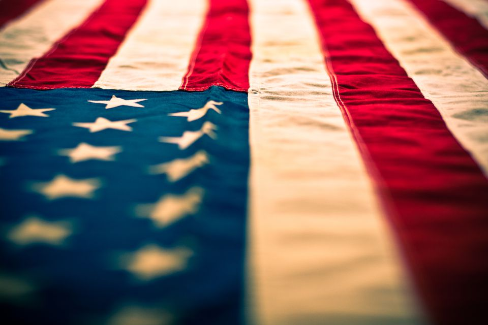 Primer plano de una bandera americana
