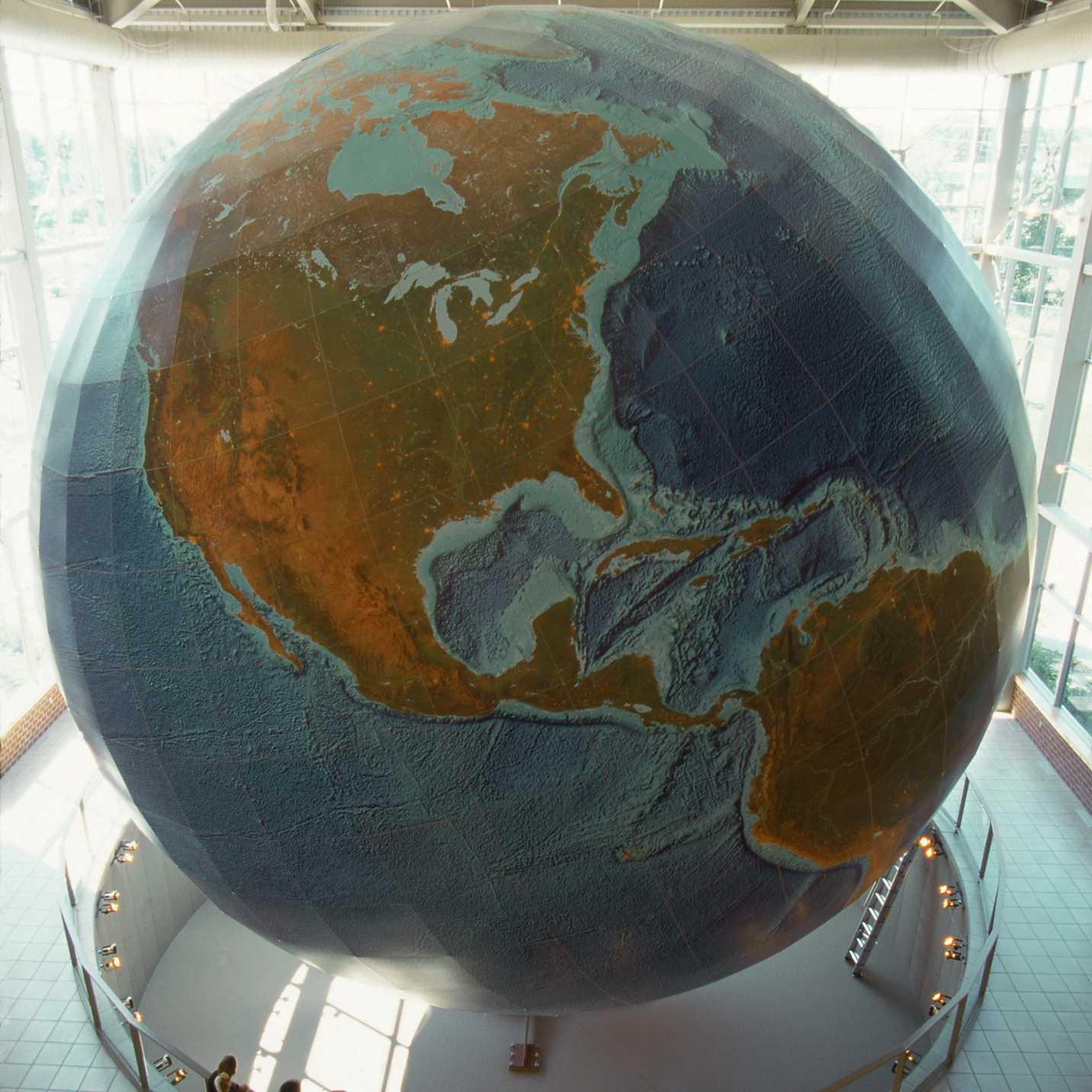 Eartha, el globo giratorio más grande, Yarmouth, ME