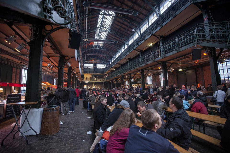 Mercado del domingo por la mañana en Fischmarkt