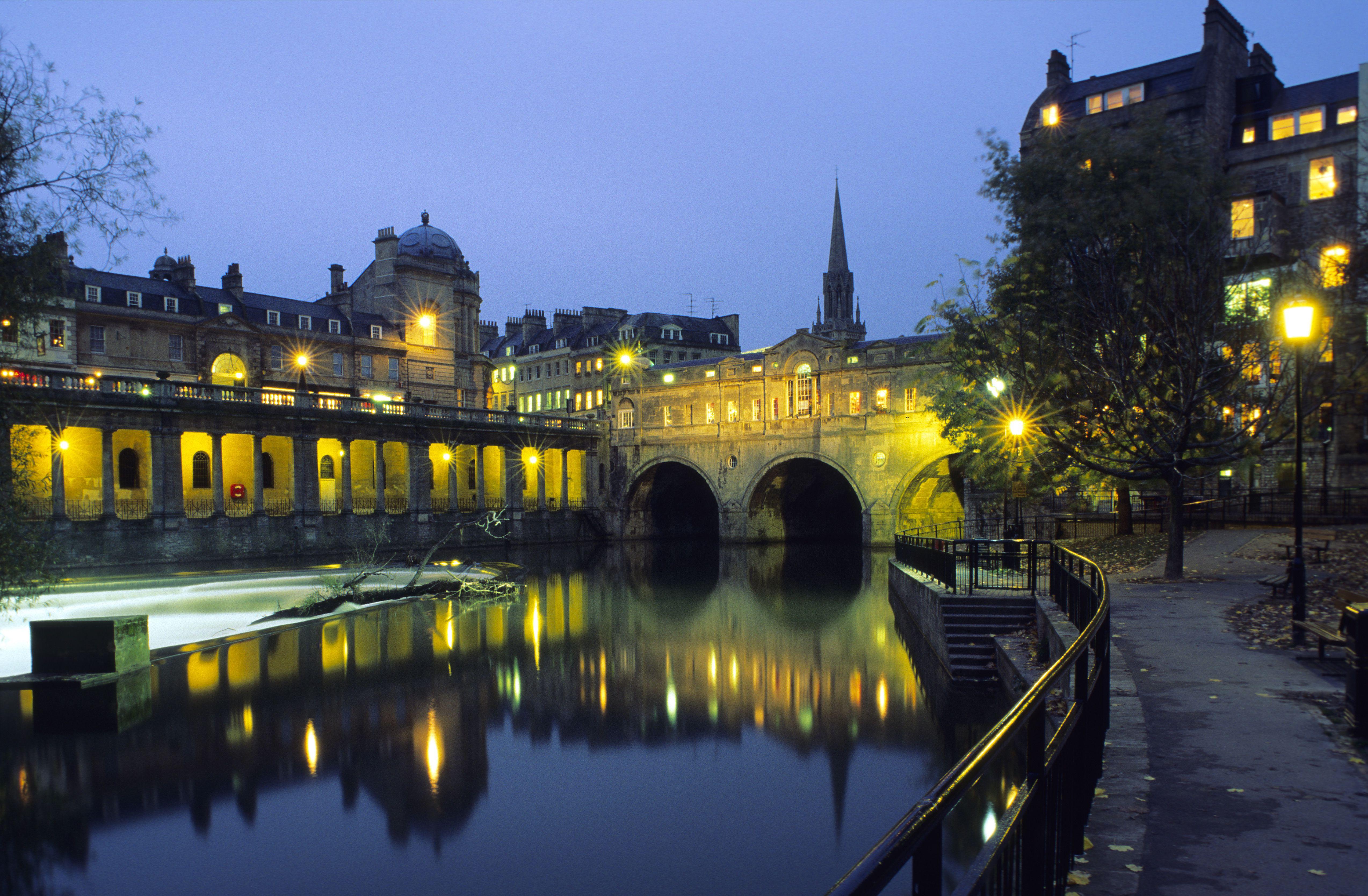 Europe, England, Avon, Bath, Pulteney bridge