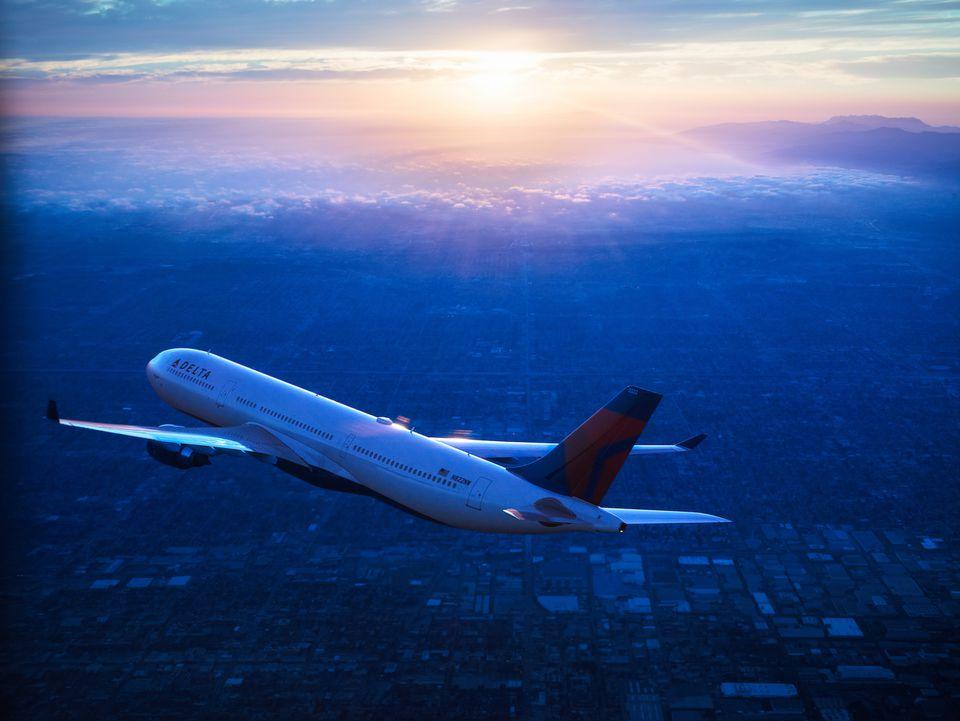 Delta A330 in flight