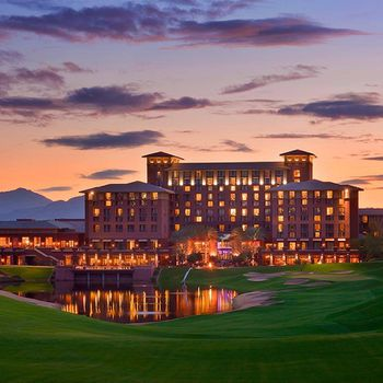 Hotels in Walking Distance of Phoenix/Tempe/Mesa Light Rail