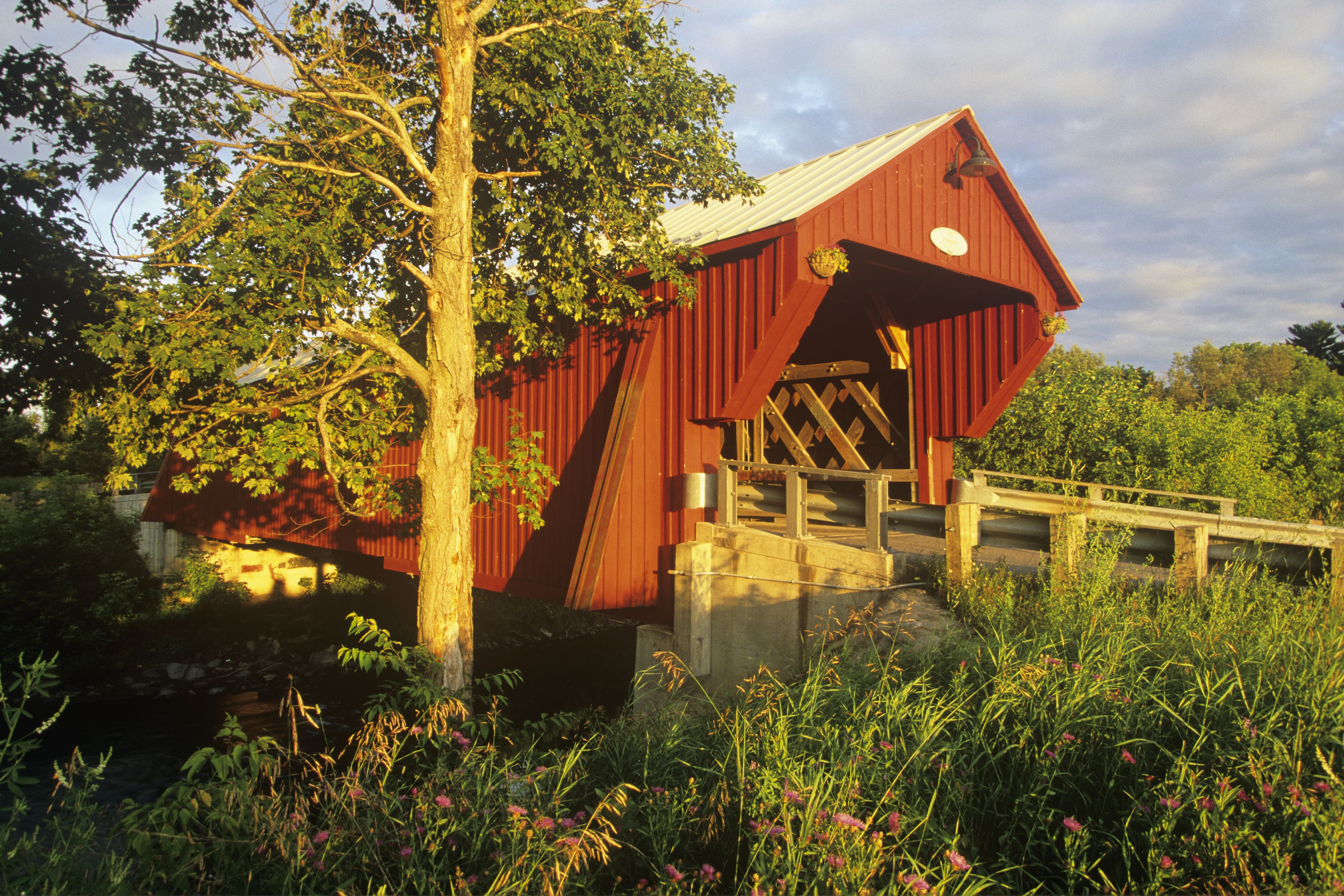 Freeport Covered Bridge, 1870, Cowansville, Eastern townships, Quebec, Canada