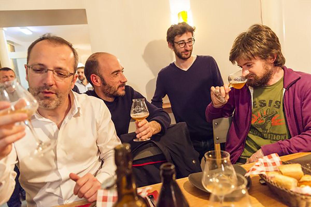 Beer tasting at La Fine Mousse