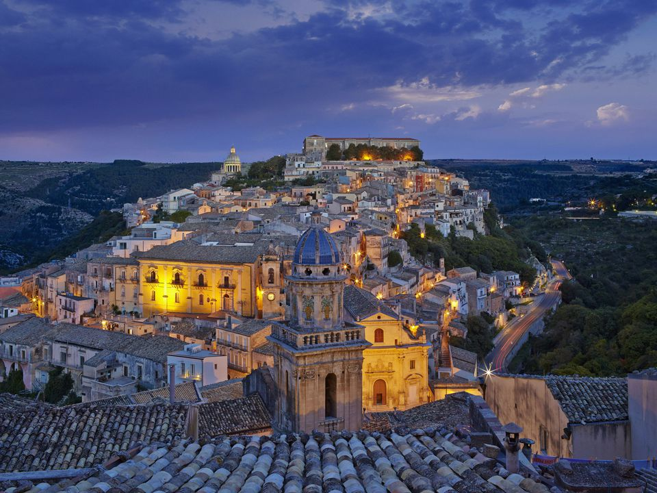 Sicily, Ragusa Ibla old town at dusk