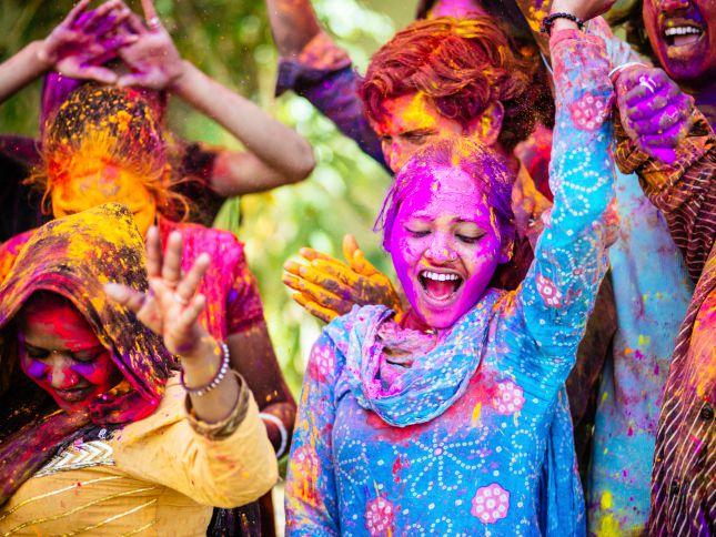 8 Most Popular Indian Festivals (with 2020 Dates)