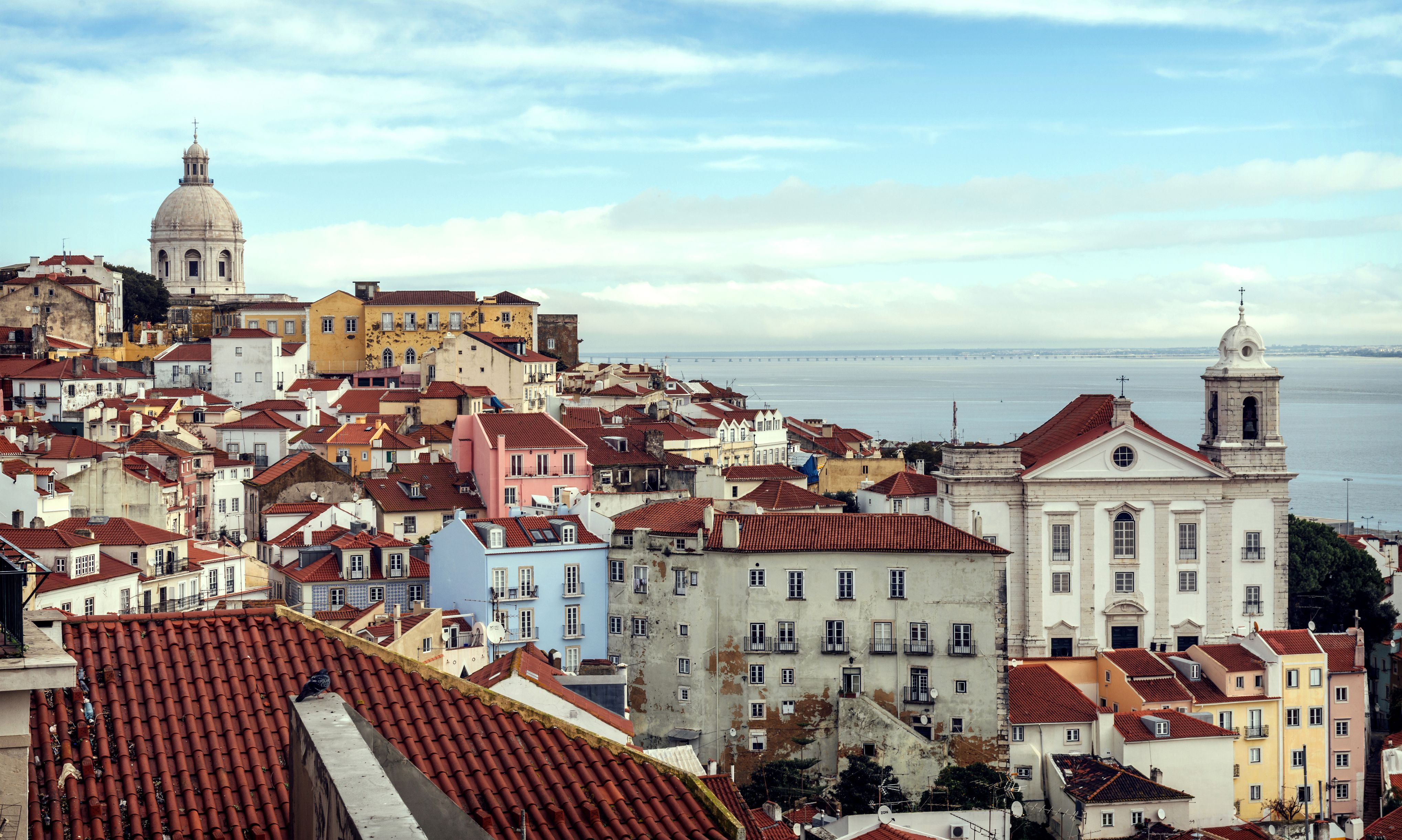 Getting to and From Lisbon and Faro, Portugal