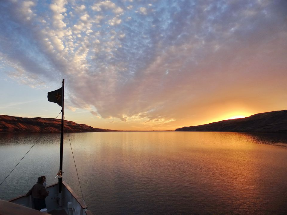 Enjoying a Columbia River sunset with Un-Cruise Adventures