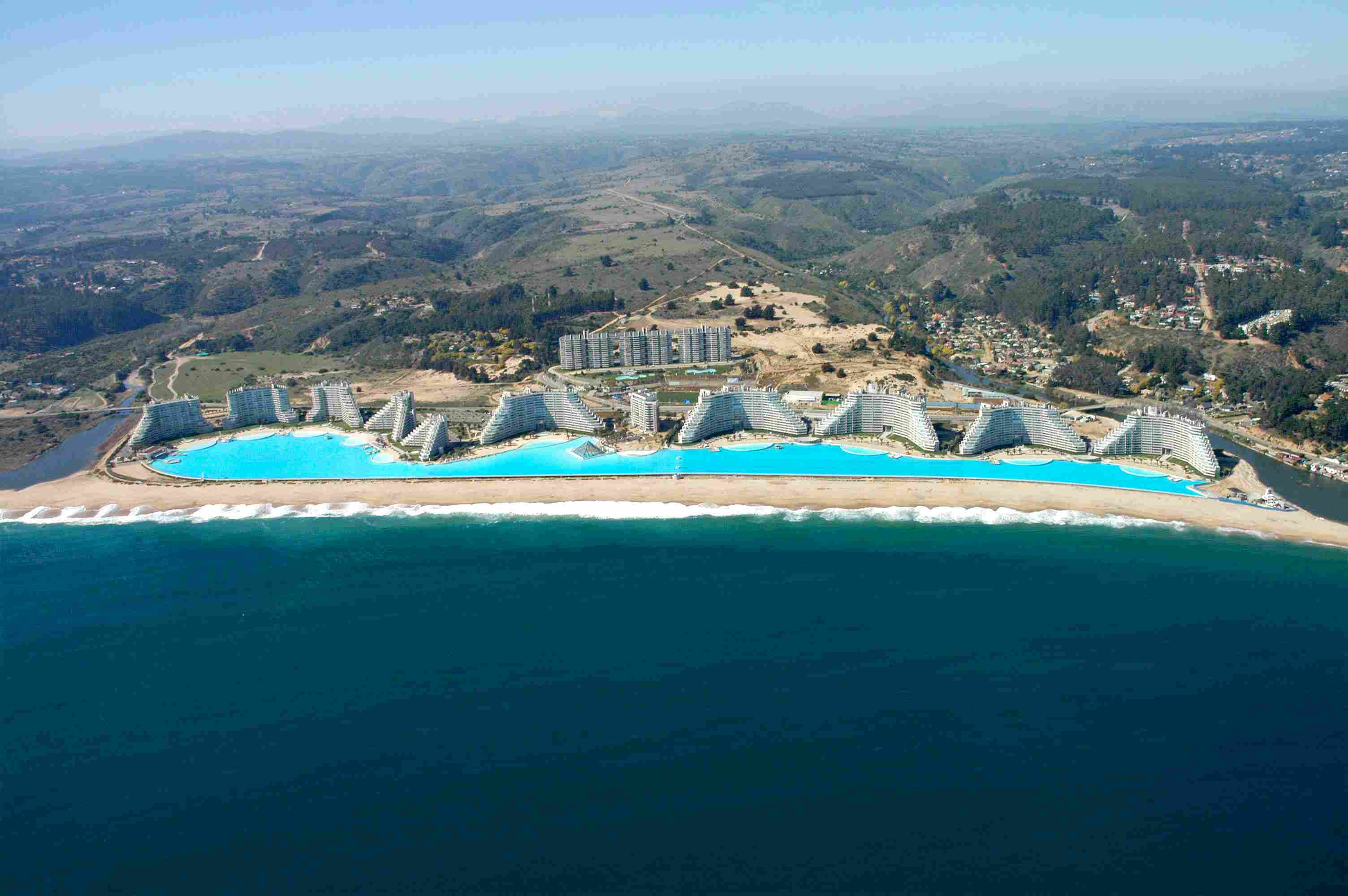 Worlds Largest Outdoor Pool At Chiles San Alfonso Del Mar Resort >> The Biggest Swimming Pools In The World