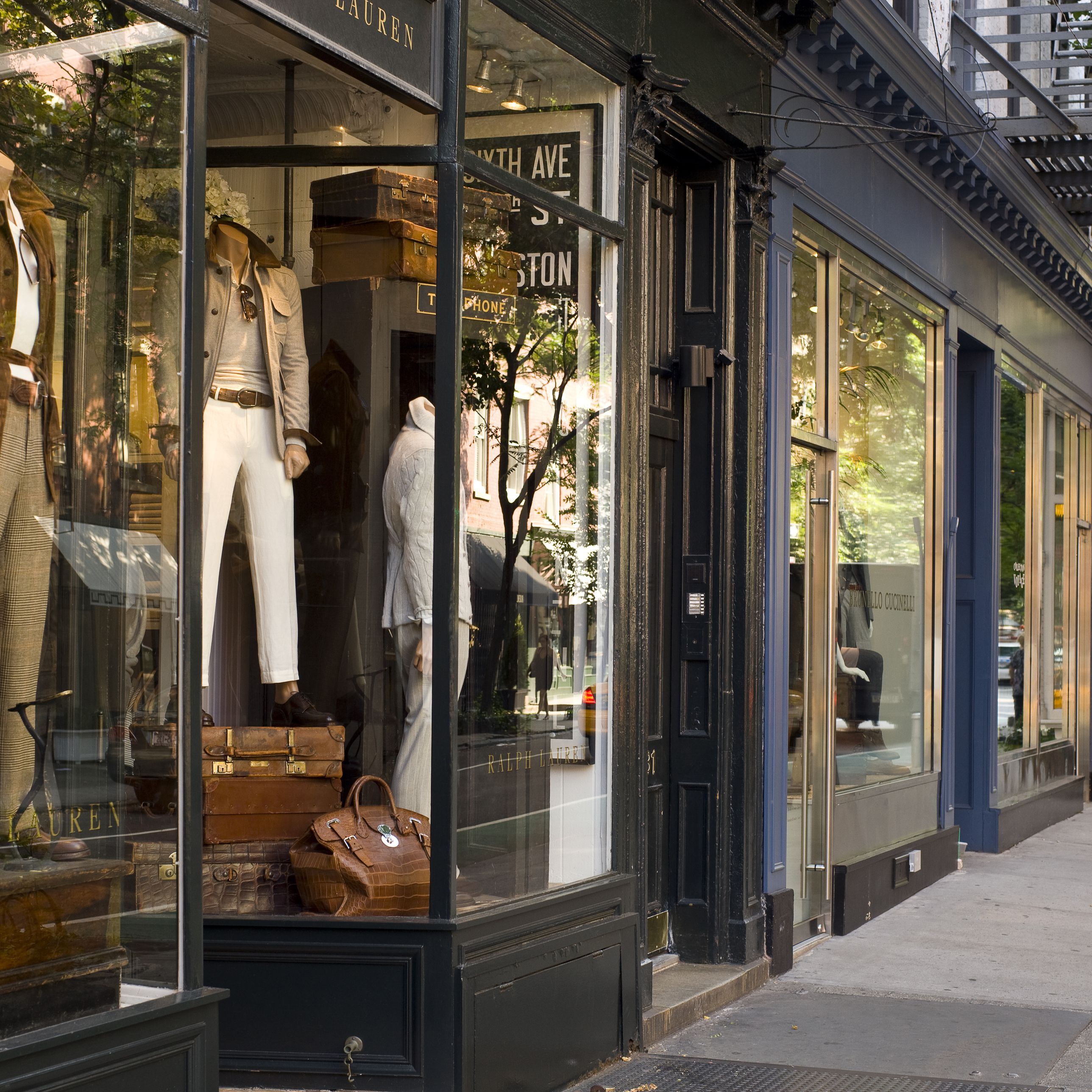 Stores For Great Discount Shopping In New York City