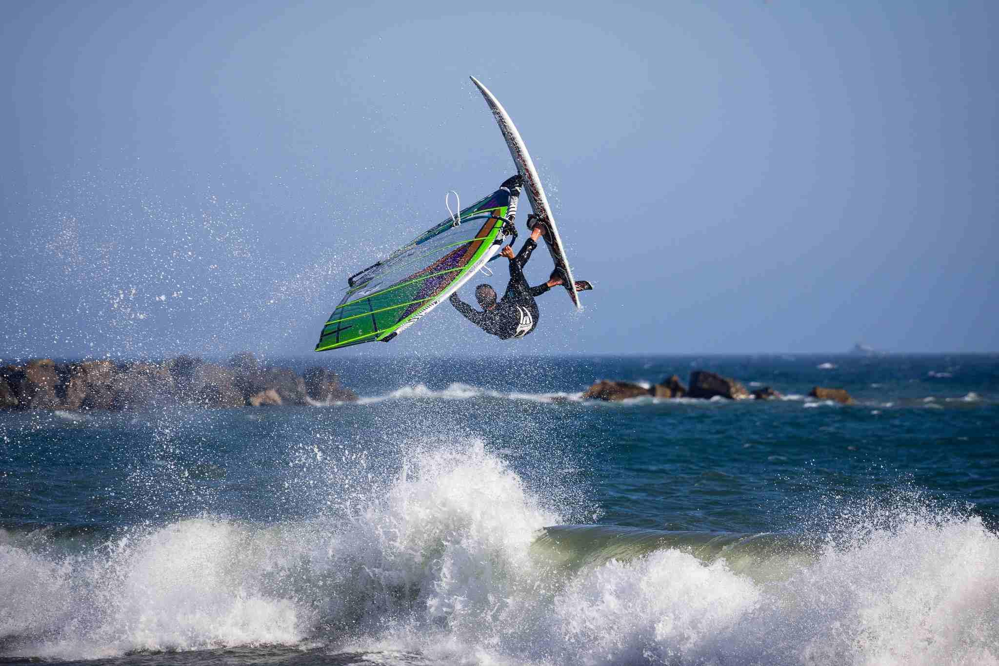 Windsurfing in Cabrillo Beach
