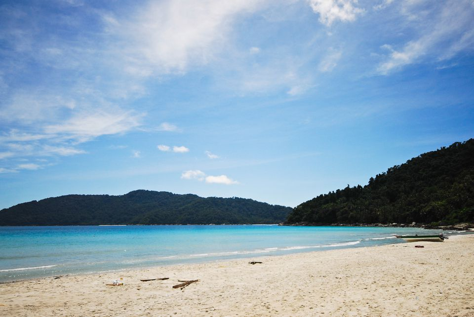 white sand beaches in the Perhentian islands