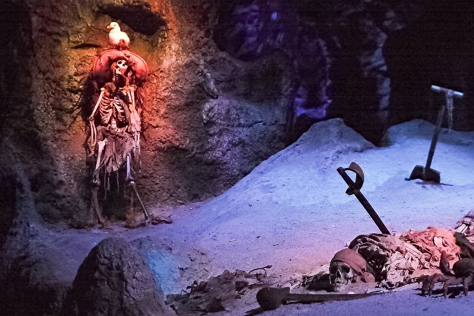Pirates of the Caribbean Disneyland
