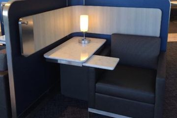 United Airlines Polaris Lounge at Chicago O'Hare International Airport.