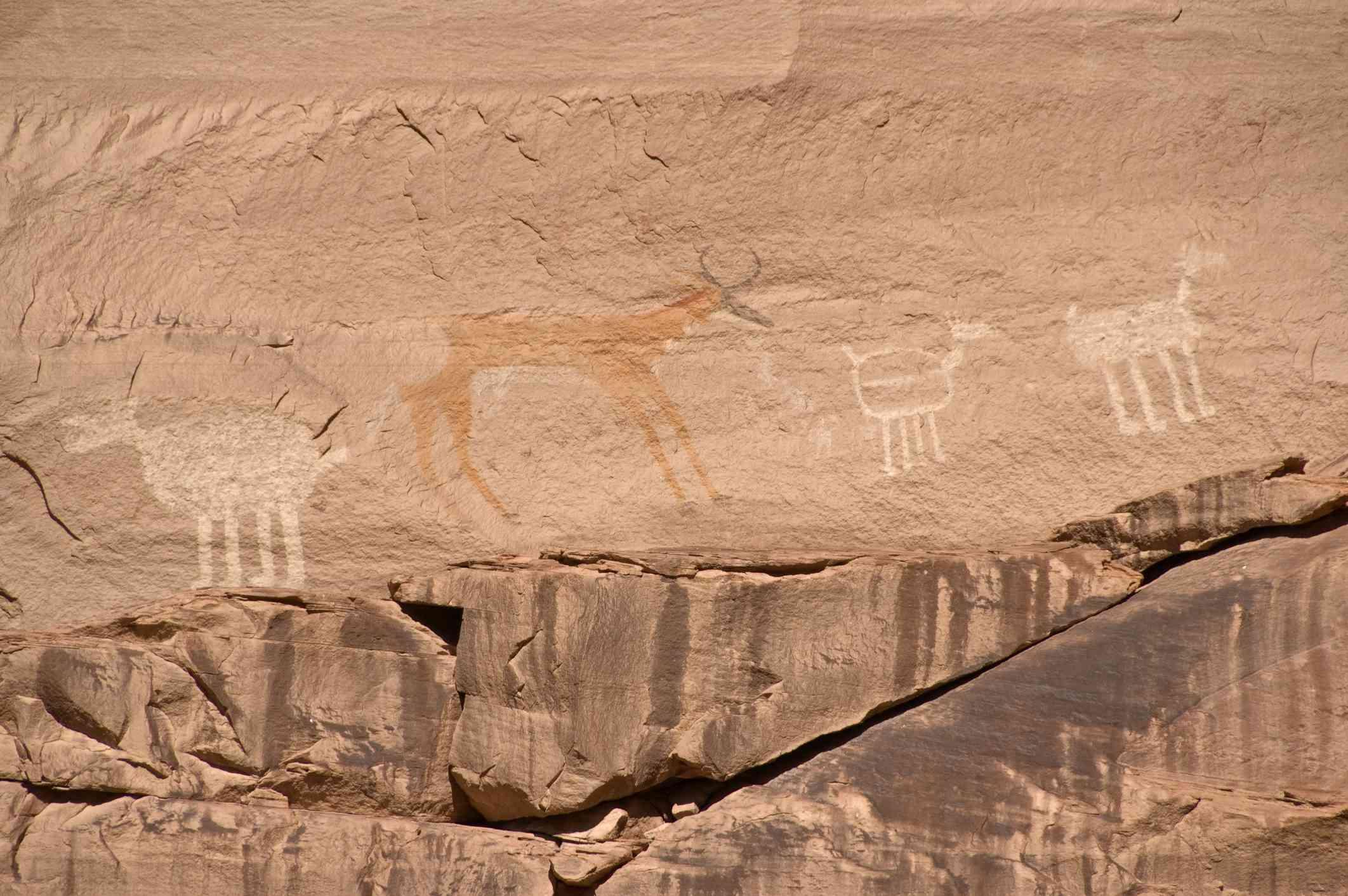 Canyon del Muerto pictographs