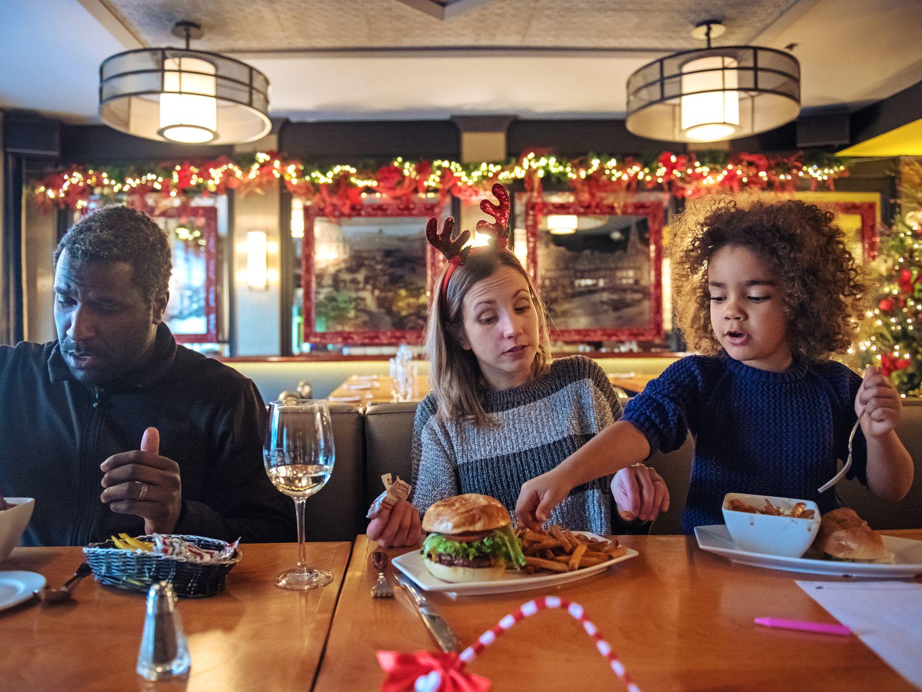 Benton Restaurants Open On Christmas Day 2020 List of Restaurants Are Open on Christmas Day 2020