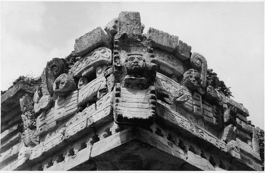 facade of labna mayan temple