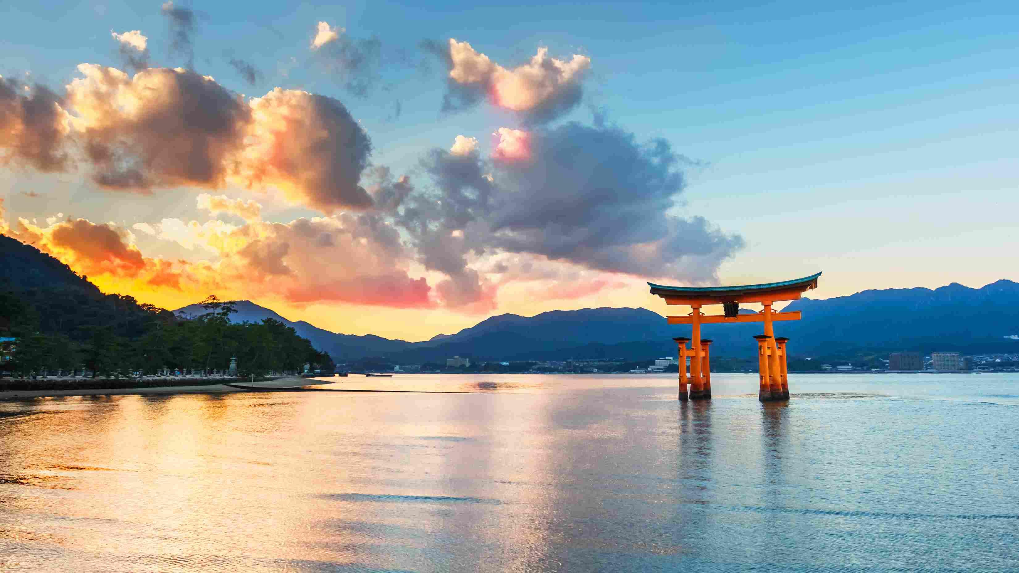 Great floating gate (O-Torii) on Miyajima island near Itsukushima shinto shrine