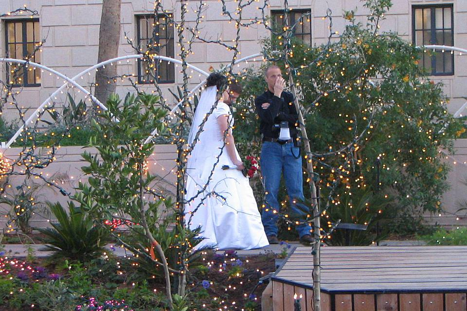 couple getting married in Arizona