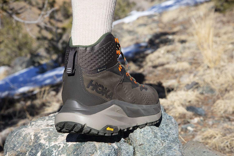Hoka One One Kaha Hiking Boots